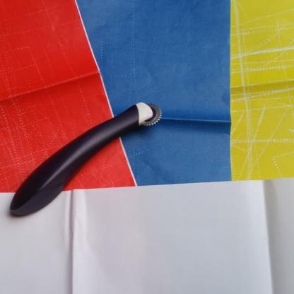 Burda Style - 2 Feuilles Papier Calque Carbone Coloris Jaune, Blanc, Bleu et Rouge