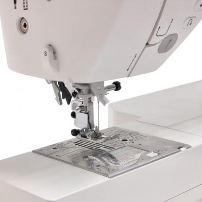 Machine à coudre JUKI HZL-NX7