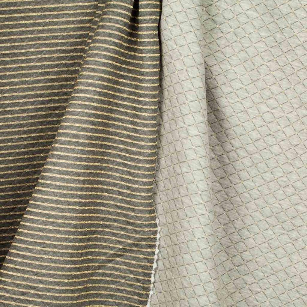 858f2c5e7922 Sélection Coup de coudre - Tissu Jersey Sweat Recto Matelassé Verso Rayure  Lurex Couleur Gris et