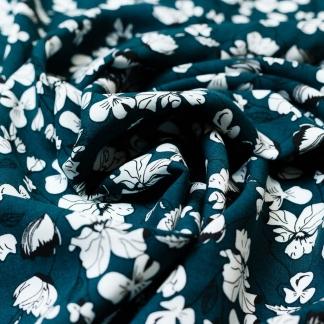 Sélection Coup de coudre - Tissu Challis de Viscose Imprimé Fleurs Blanches sur le Fond Vert Bouteille