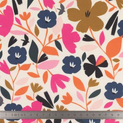 Dashwood Studio - Tissu Batiste de Viscose Soirée Imprimé Fleurs sur le Fond Blanc Cassé