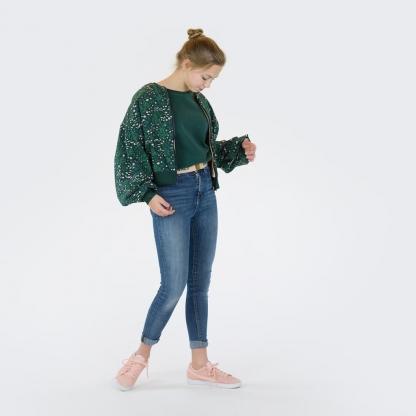 "See You at Six - Tissu Jersey Sweat Léger de Coton Imprimé Fleurs ""Flower Garden"" sur le Fond Vert Sapin"