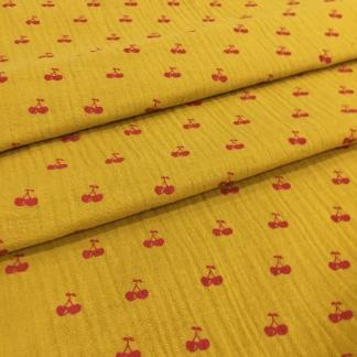 Poppy - Tissu Double Gaze de Coton Imprimé Cerises sur le Fond Ocre