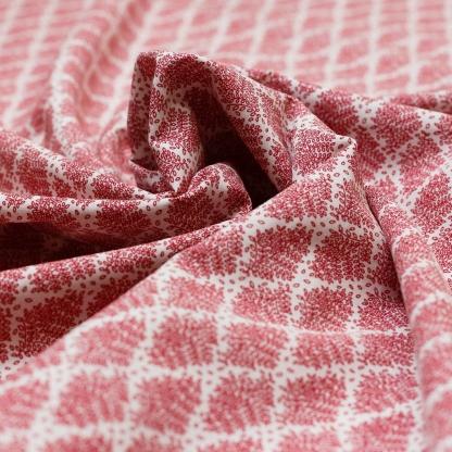 Sélection Coup de coudre - Tissu Batiste de Coton Imprimé Feuilles Rouge sur le Fond Blanc