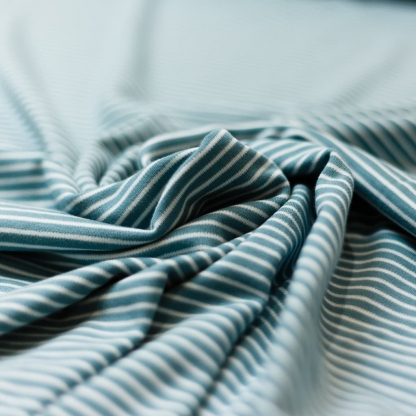 C. Pauli - Tissu Jersey Interlock de Coton Bio à Rayures Blanc sur le Fond Bleu Vert