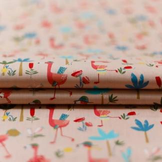 "Poppy - Tissu Popeline de Coton Imprimé Flamands ""Flamingo Run"" sur le Fond Rose"