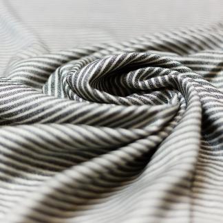 Sélection Coup de coudre - Tissu Challis de Viscose Lurex Or à Rayures Noir sur le Fond Blanc