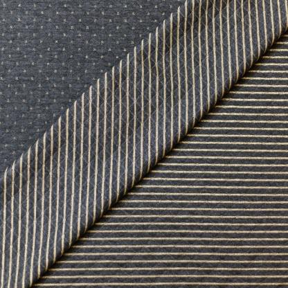 Sélection Coup de coudre - Tissu Jersey Molletonné Matelassé Double Face à Etoiles et Rayures Or sur le Fond Gris Anthracite