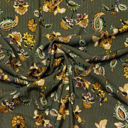 Sélection Coup de coudre - Tissu Crépon de Viscose à Motif Gros Fleurs avec Rayures Lurex Dorés sur le Fond Kaki