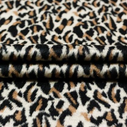Sélection Coup de coudre - Tissu Lainage Imprimé Leopard sur le Fond Blanc