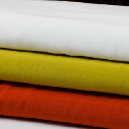 Sélection Coup de coudre - Tissu Crêpe de Viscose Uni