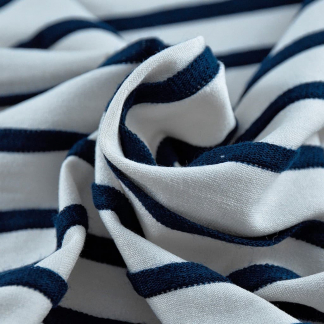La Maison Victor - Tissu Jersey de Viscose Imprimé Rayures en Relief Bleu Marines sur le Fond Blanc
