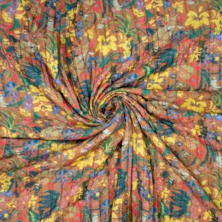Sélection Coup de coudre - Tissu Crêpe de Polyester Plissé Imprimé Fleurs sur le Fond Beige