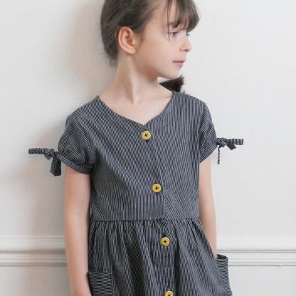 """Ikatee – Patron Enfant Robe """"Anna"""" de 3 à 12 ans"""