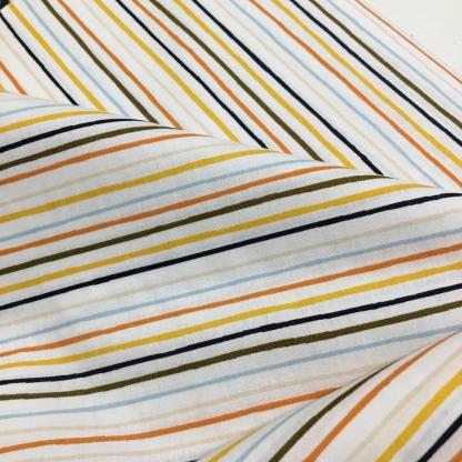 """Poppy - Tissu Popeline de Coton Imprimé Rayures Multicolores """"Stripe and Space"""" sur le Fond Blanc"""